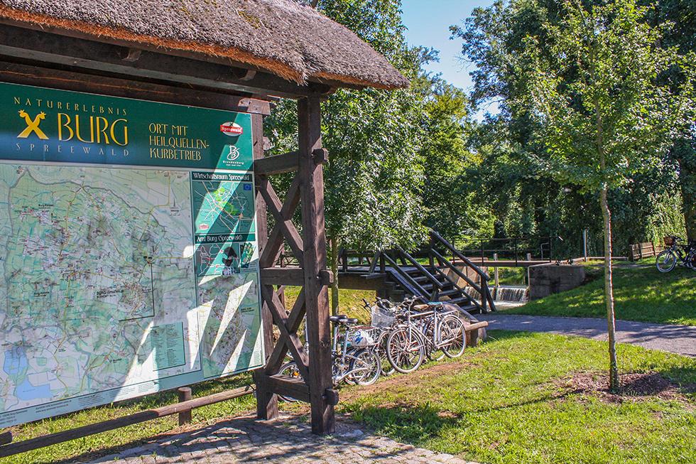 Übersichtskarte mit Rad- und Wanderwegen um Burg Spreewald